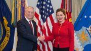"""Albanien: """"Wir wollen in die euro-atlantische Familie und eine US-Militärbasis gegen Russland"""""""
