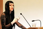 UK Prof. für Queer & Feministische Theorie will weiße Männer töten