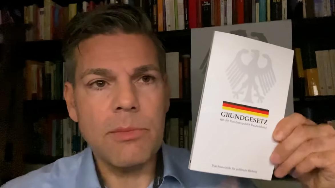 Gates Kapert Deutschland Kritik