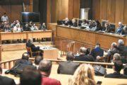 """Wegen des Todes eines """"Antifa""""-Mitglieds im Jahr 2013 erklärt die griechische Regierung die gewählten Mitglieder der Nationalistischen Partei Goldene Morgenröte zu einer kriminellen Organisation"""